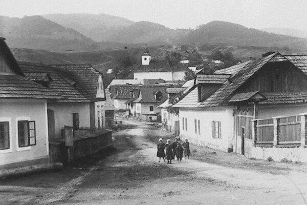Sásová v roku 1932.