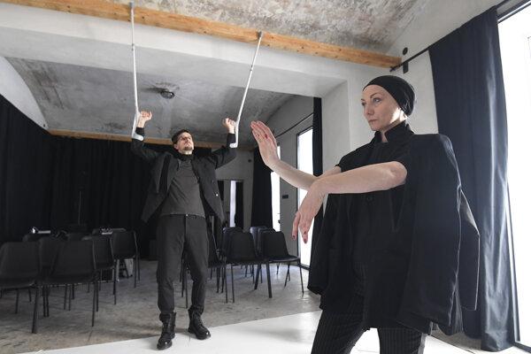 Zakladatelia divadla Peter Kočiš a Jana Wernerová.