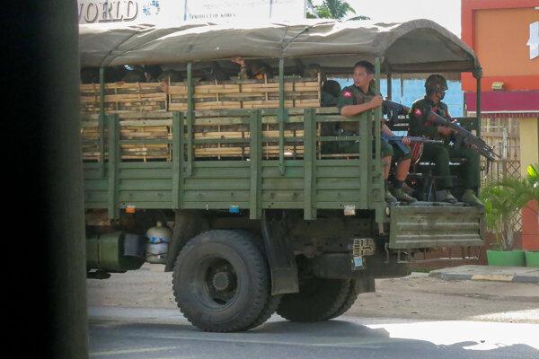 OSN odsúdila vojenský prevrat v Mjanmarsku.
