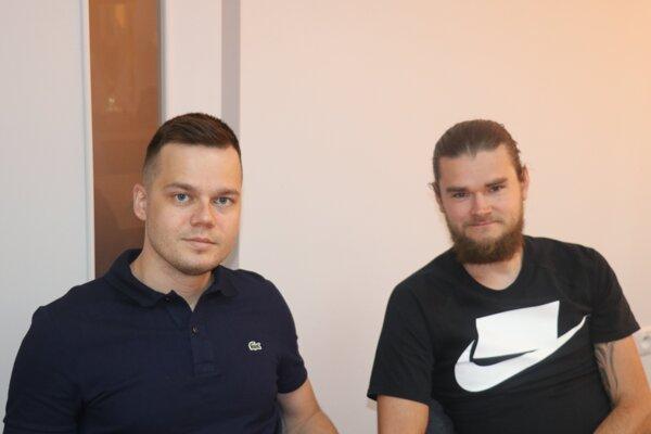 Matej Kochan prvý sprava aSamuel Šefčík.