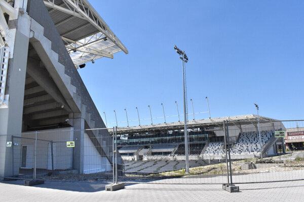 Dohoda o prenájme pozemkov pre investora z Maďarska otvára dvere k nájmu štadióna.