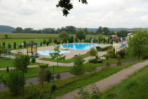 Kúpalisko v Poltári už len čaká na rozhodnutie príslušných úradov aby mohlo privítať návštevníkov.