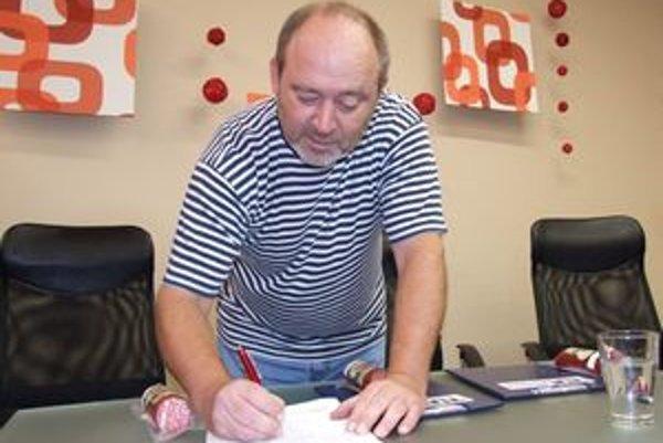 Petíciu podporil aj nitriansky herec Ivan Gontko.