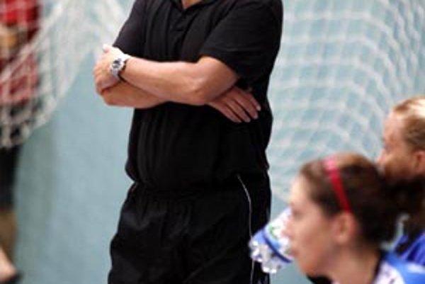 Nitrianky nebudú chcieť favoritovi dať nič zadarmo, hovorí tréner Slavomír Varga.