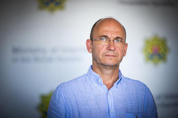 Jaroslav Spišiak je poradcom ministra vnútra Romana Mikulca.