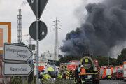 Dym nad miestom výbuchu.