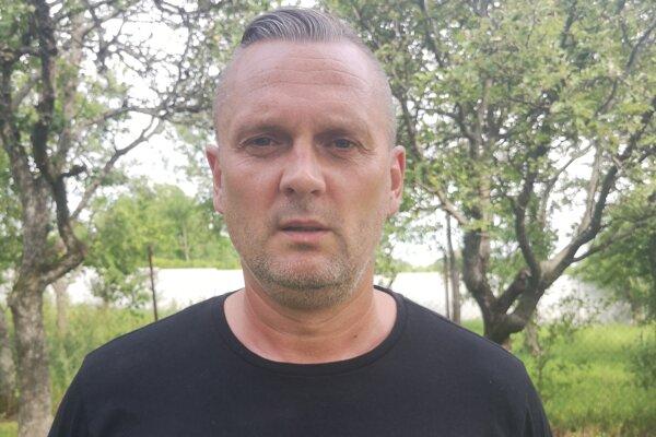 Tréner OK Častkovce Vladimír Stančík.