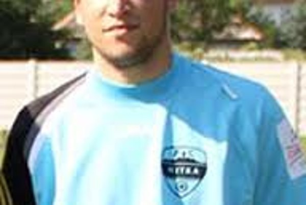 Lukáš Hroššo (nar. 1987) doterazstrávil celú kariéru v FC Nitra.