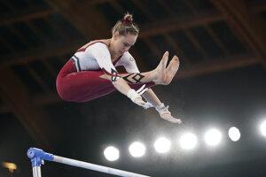 Nemecká gymnastka Sarah Vossová si počas olympiády obliekla celotelový úbor.