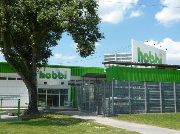 Reťazec Hobbi chcel zaujať aj menšou predajnou plochou a rýchlejším nákupom.