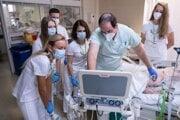 Medici sa v rámci kempu dostali na rôzne oddelenia viacerých nemocníc.