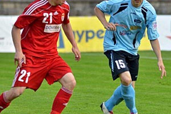 Andrej Ivančík (vpravo) hral prvýkrát v základe a strelil svoj prvý ligový gól.