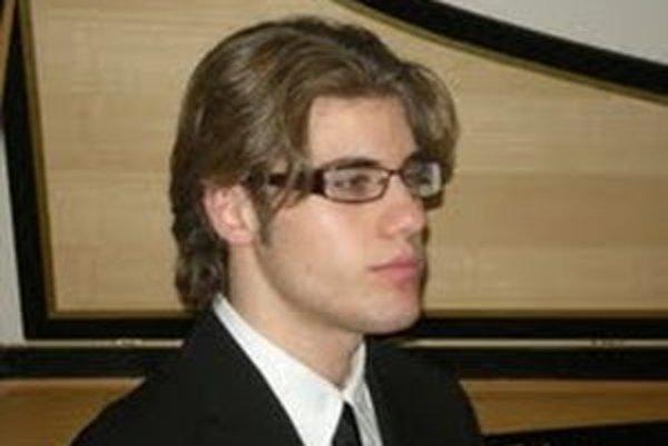 Davide Mariano zahrá 15. mája o 19. h v piaristickom kostole sv. Ladislava.