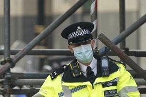 Príslušník britskej polície.