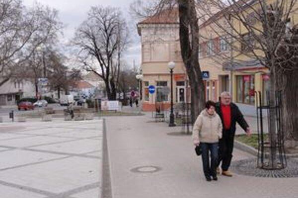 Zlaté Moravce nie sú podľa nového vedenia mesta zlaté, ale biedne.