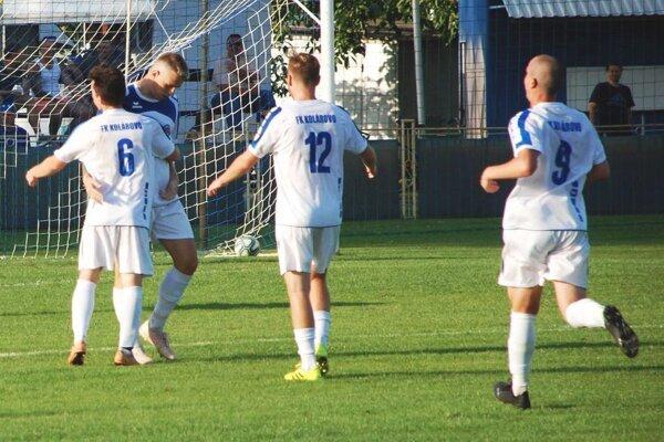 Kolárovo sfúklo Neded, druhý zľava je Michal Hudák, autor dvoch gólov.