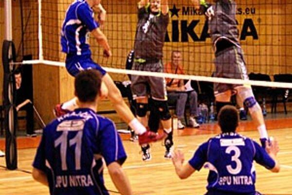 Po výhre 3:2 v Bratislave Nitrania doma prehrali 0:3, a tak budú hrať iba o 7. miesto.
