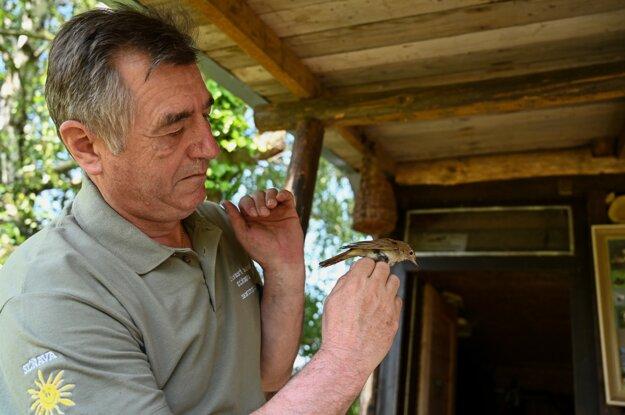 Ornitológ Štefan Šiška