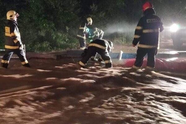 Hasiči zasahovali pri vyliatom potoku v skanzene Vychylovka