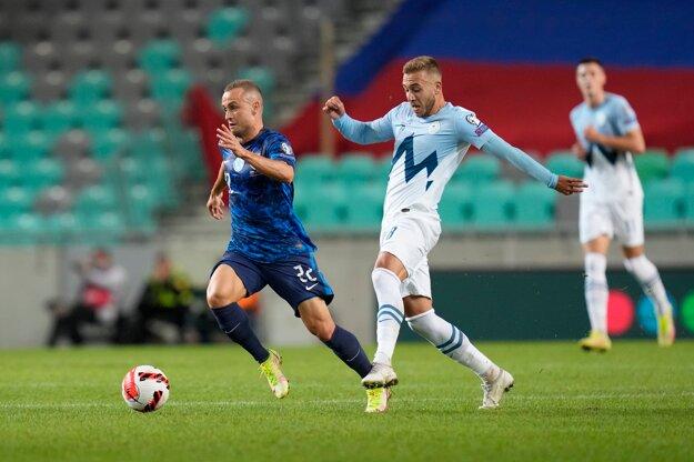 Stanislav Lobotka počas zápasu Slovinsko - Slovensko.