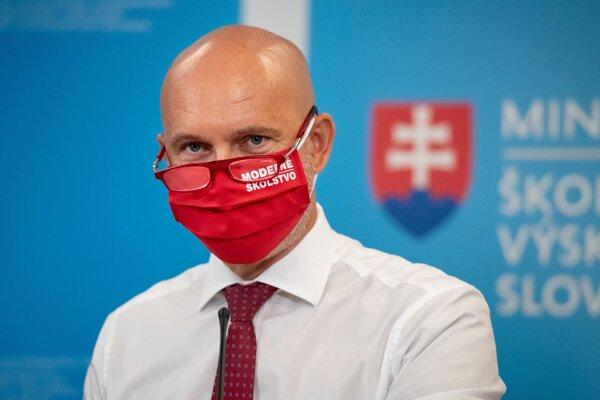 Minister školstva, vedy, výskumu a športu SR Branislav Gröhling.