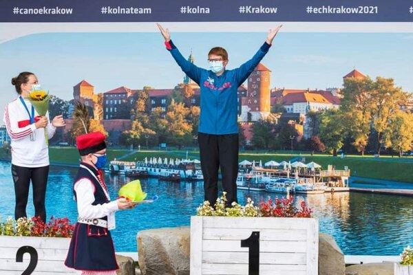 Elena Kaliská ako víťazka veteránskych majstrovstiev sveta v poľskom Krakowe.