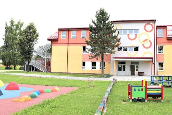 Jasle budú v budove nad materskou školou.