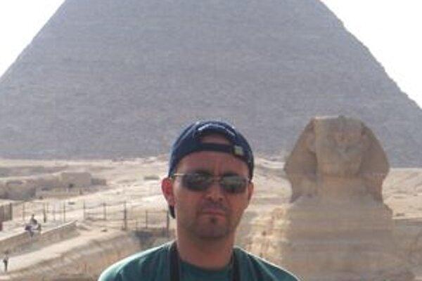 Primátor v Egypte.