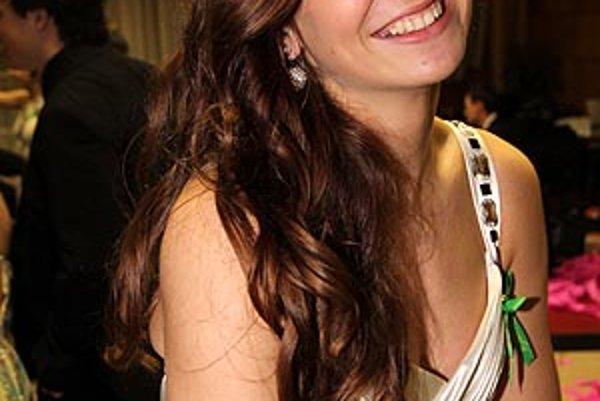 Jednou z maturantiek, ktoré mali v sobotu stužkovú slávnosť, je kapitánka extraligových volejbalistiek Dominika Drobňáková.