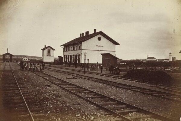 Budova popradskej železničnej stanice.