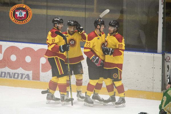 Hokejisti na domácom ľade porazili Trnavu presvedčivo 5:0.