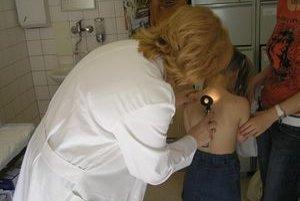 Matka hovorí, že lekárka  určila chlapcovi zlú diagnózu.