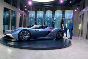Slovenské vodíkové auto na Expo Dubaj.
