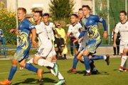 Námestovskí futbalisti (v bielom) nestrelili gól ani v treťom dueli po sebe.