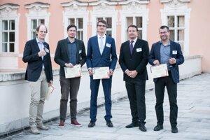 Ocenení mladí vedci.