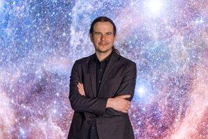 Rodák z Rožňavy, absolvent košickej univerzity a svetovo uznávaný astrofyzik Norbert Werner.