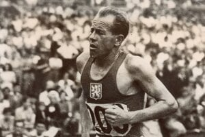 Legendárny bežec Emil Zátopek na fotke z roku 1948.