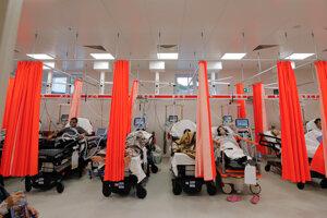 Pohotovosť v Bukurešti sa zapĺňa pacientmi s koronavírusom.