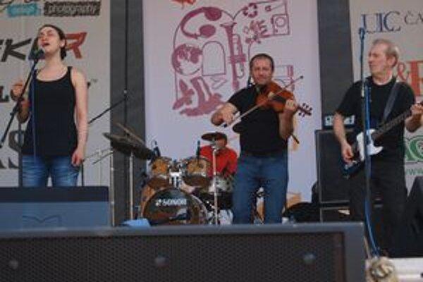 Čechomor v Nitre spieval aj s Lenkou Dusilovou.