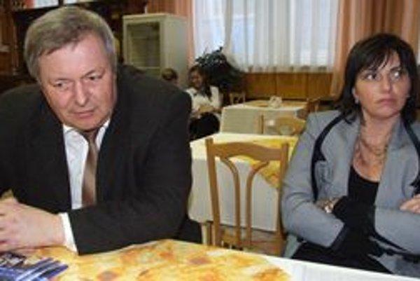 Jaroslav Maček a Adriana Hosťovecká, účastníci konferencie o odbornom vzdelávaní.