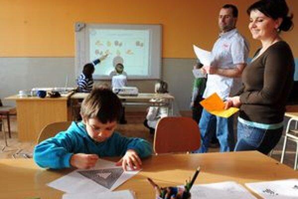 Najmenej detí sa zapísalo do základnej školy s vyučovacím        jazykom maďarským.