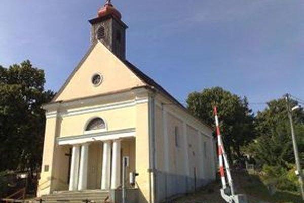 Kostol Narodenia Panny Márie v Horných Krškanoch sa stal predmetom výskumu aj odborného seminára.