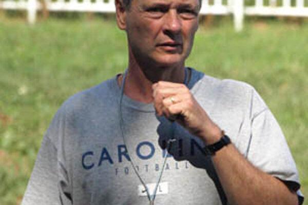 Tréner volejbalistov Nitry Peter Kalný.