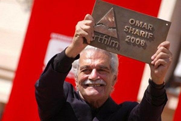 Omar Sharif si preberá na Moste slávy prestížne ocenenie Hercova misia.