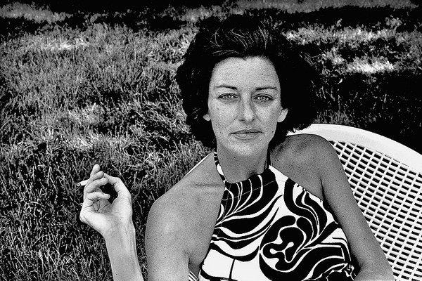 Anne Sextonová 9. 11. 1928 až 4. 10. 1974. Americká poetka.