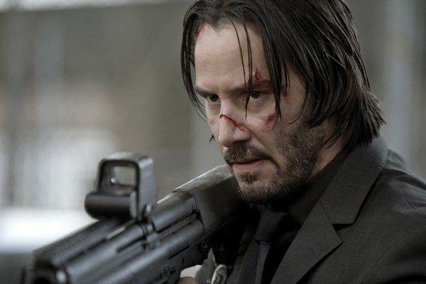 Keanu Reeves ako John Wick.