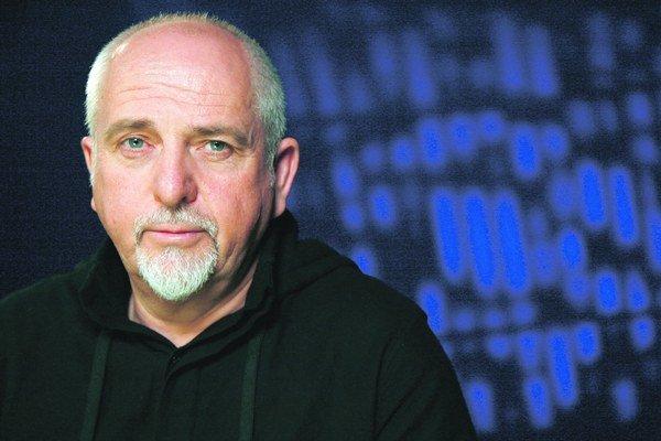 Peter Gabriel (64), britský spevák a skladateľ, jeden zo zakladajúcich členov artrockovej skupiny Genesis. V Bratislave vystúpi 5. mája v Slovnaft aréne.
