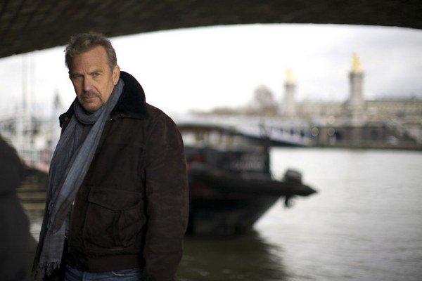 Kevin Costner je akčný hrdina, pri ktorom aj Paríž mení svoju tvár.