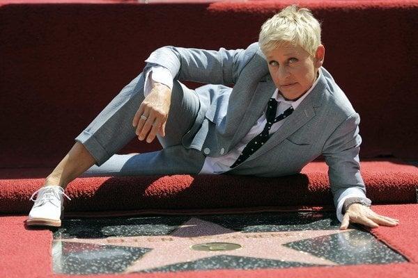 Ellen DeGeneres a jej hviezda na chodníku slávy v Hollywoode.