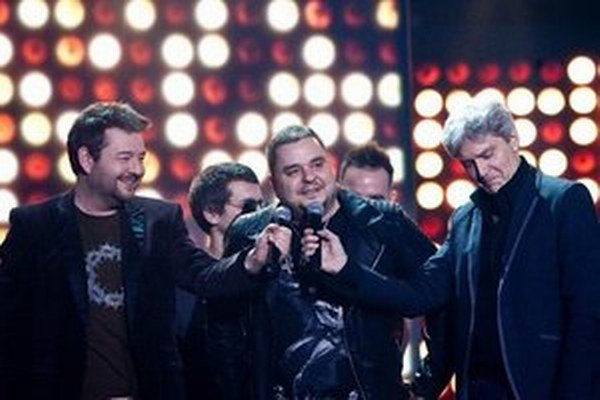 """Mário """"Kuly"""" Kollár zo skupiny Desmod, ktorá v posledných rokoch na vyhlasovaní výsledkov Slávika dominovala."""
